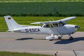 D-ESCA - Private Cessna 172 Skyhawk (all models except RG)