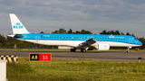 KLM Embraer ERJ-195-E2 PH-NXC at Warsaw - Frederic Chopin airport