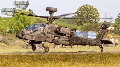 09-95604 - USA - Army Boeing AH-64D Apache