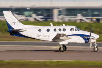 OH-SWX - ScanWings Beechcraft 90 King Air