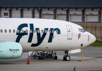 EI-GUK -  Boeing 737-800