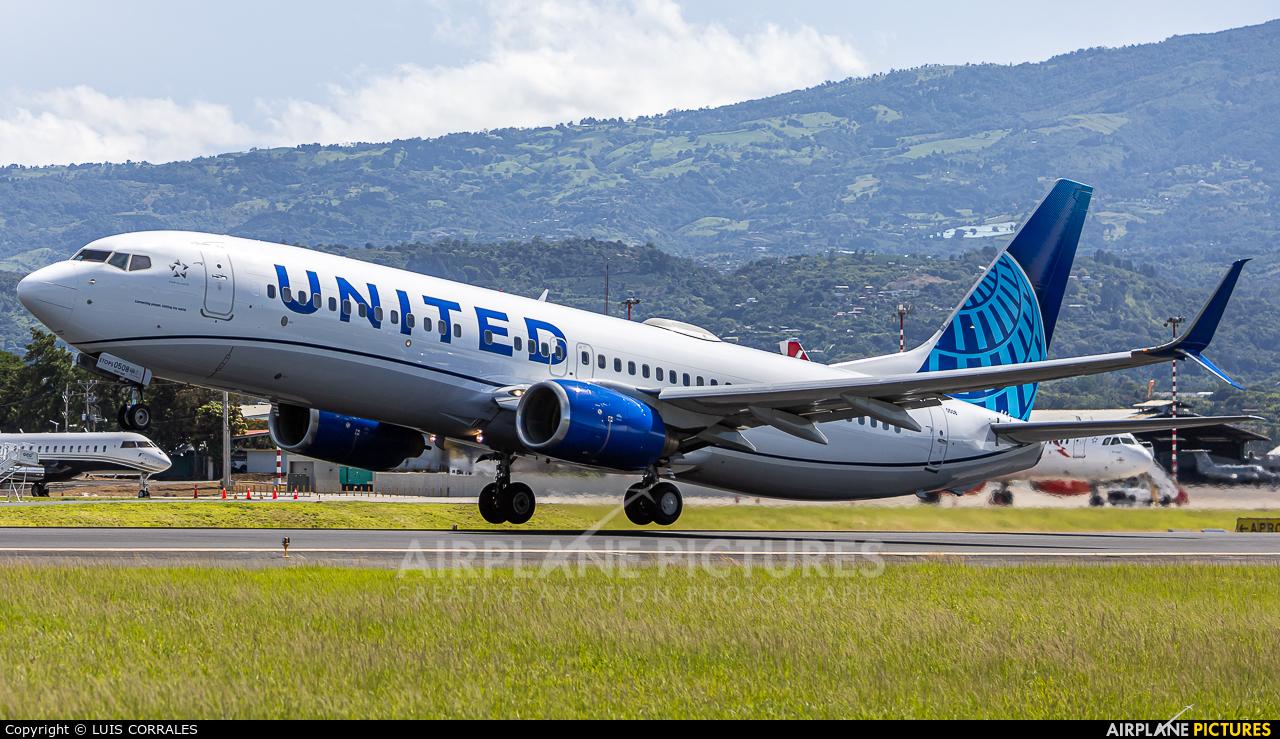 United Airlines N76508 aircraft at San Jose - Juan Santamaría Intl