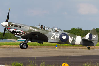 G-AWGB - Private Supermarine Spitfire T.9