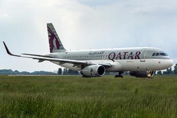 A7-AHR - Qatar Airways Airbus A320