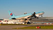 HL8045 - Korean Air Cargo Boeing 777F aircraft
