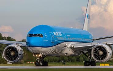 PH-BQI - KLM Boeing 777-200ER