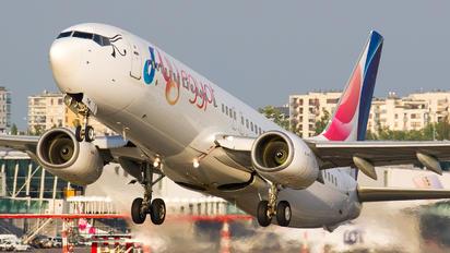 SU-TMI - FlyEgypt Boeing 737-800