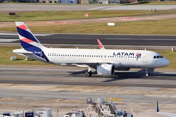 PR-XBF - LATAM Airbus A320 NEO