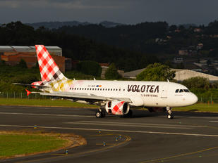 EC-NHP - Volotea Airlines Airbus A319