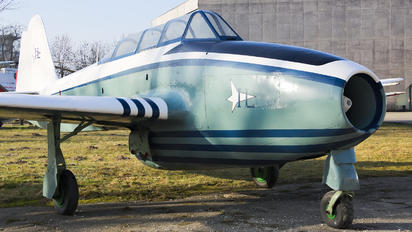 SP-GLM - Instytut Lotnictwa Yakovlev Yak-17 UTI