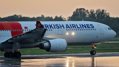 TC-LND - Turkish Airlines Airbus A330-300