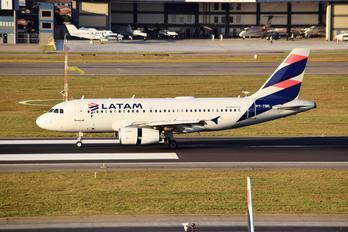 PT-TML - LATAM Airbus A319