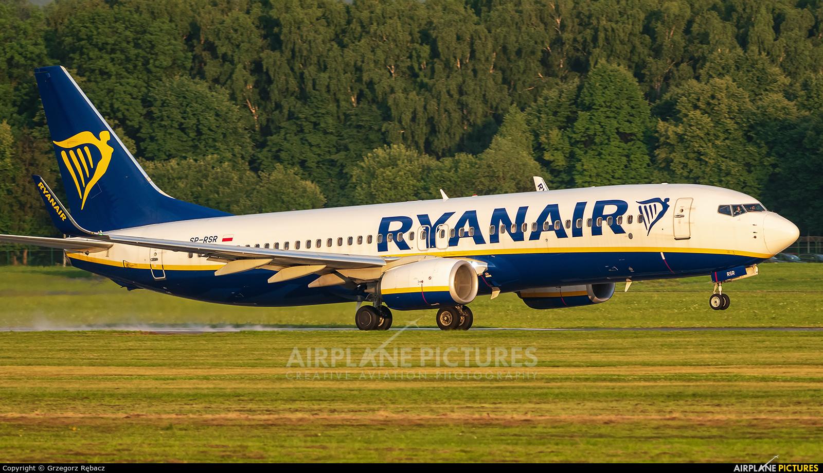Ryanair Sun SP-RSR aircraft at Kraków - John Paul II Intl