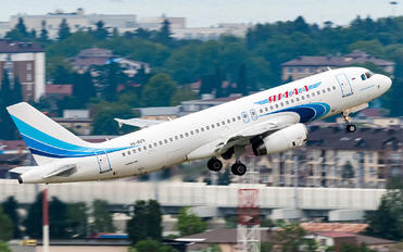 VQ-BZS - Yamal Airlines Airbus A320