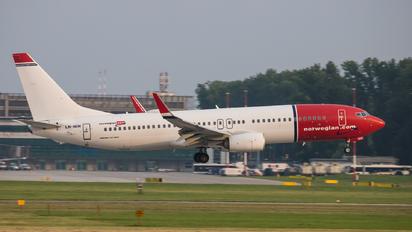LN-NIH - Norwegian Air Shuttle Boeing 737-800