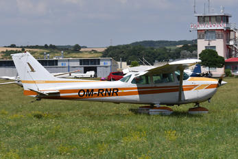 OM-RNR - Private Cessna 172 Skyhawk (all models except RG)