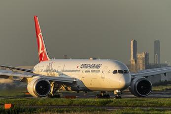 TC-LLK - Turkish Airlines Boeing 787-9 Dreamliner