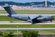 UAE Boeing C-17 visited Seoul title=