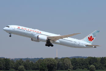 C-FPQB - Air Canada Boeing 787-9 Dreamliner