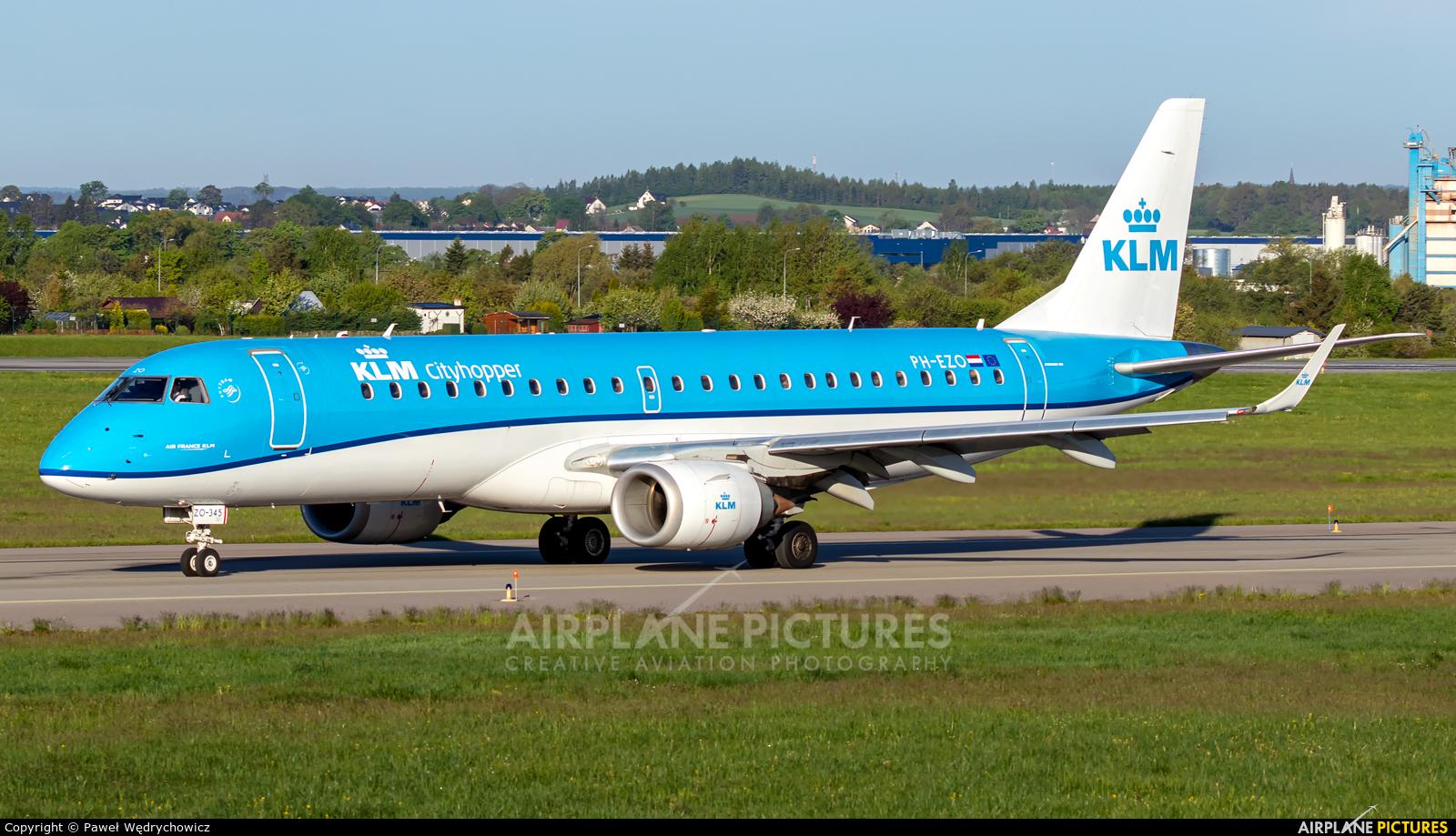 KLM Cityhopper PH-EZO aircraft at Gdańsk - Lech Wałęsa