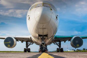 UR-GEB - Ukraine International Airlines Boeing 767-300ER