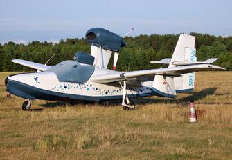 N9777 - Private Lake LA-4 Seaplane