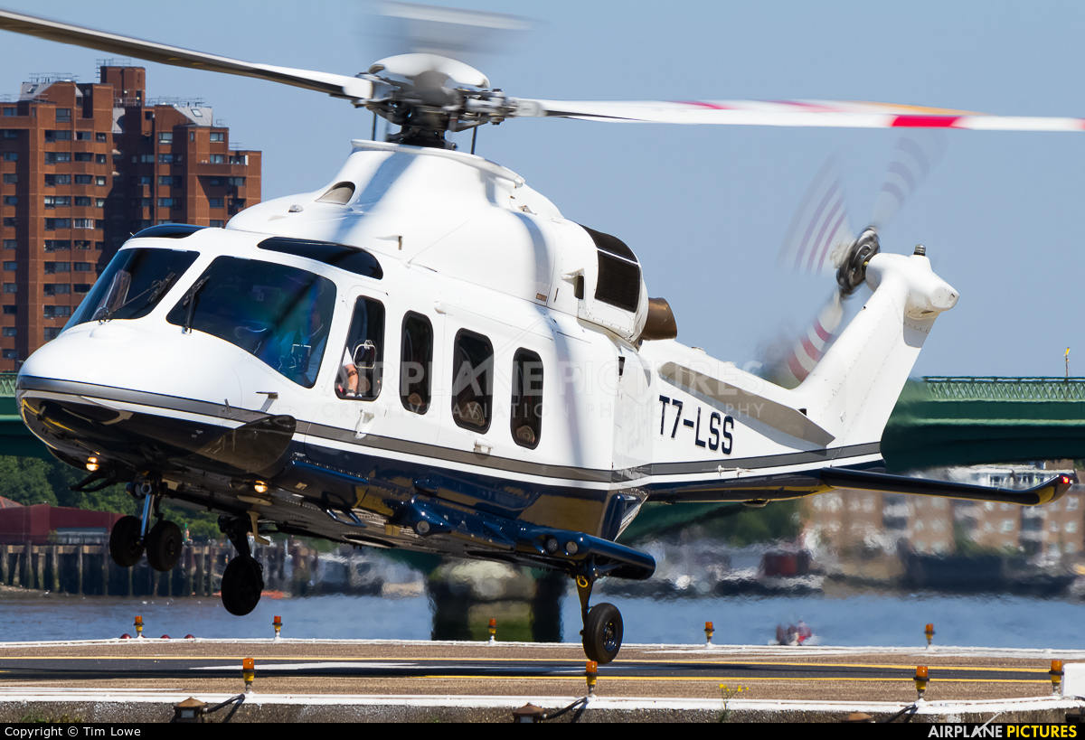 Private T7-LSS aircraft at London Heliport