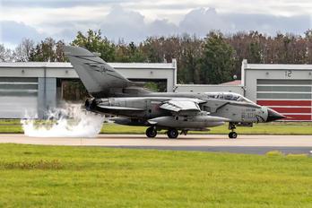 MM7053 - Italy - Air Force Panavia Tornado - ECR