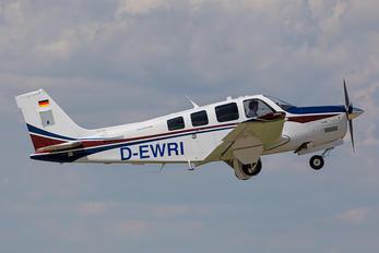 D-EWRI - Private Beechcraft 36 Bonanza