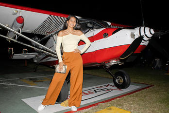 HC-U0089 - - Aviation Glamour - Aviation Glamour - Model