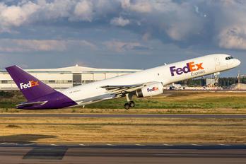N974FD - FedEx Federal Express Boeing 757-200F