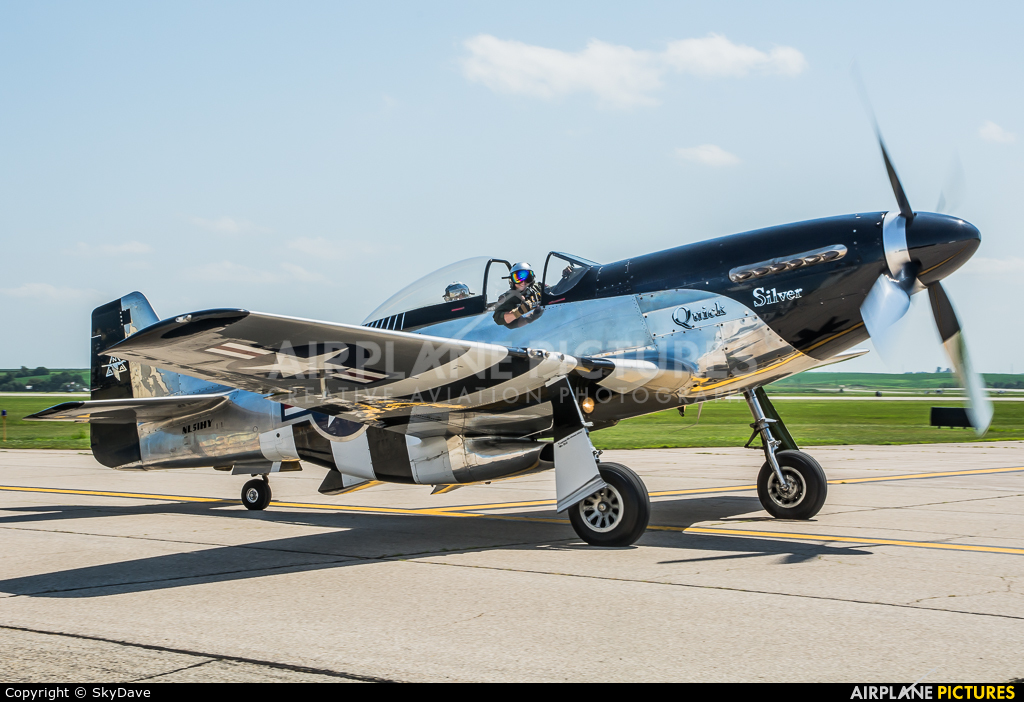 Private NL51HY aircraft at Dubuque