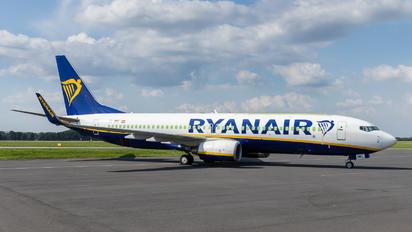 OE-IWC - Ryanair Boeing 737-8AS