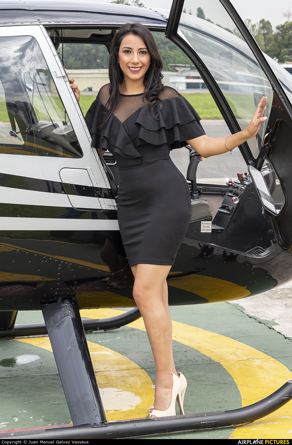 - Aviation Glamour TG-SIS aircraft at Guatemala - La Aurora