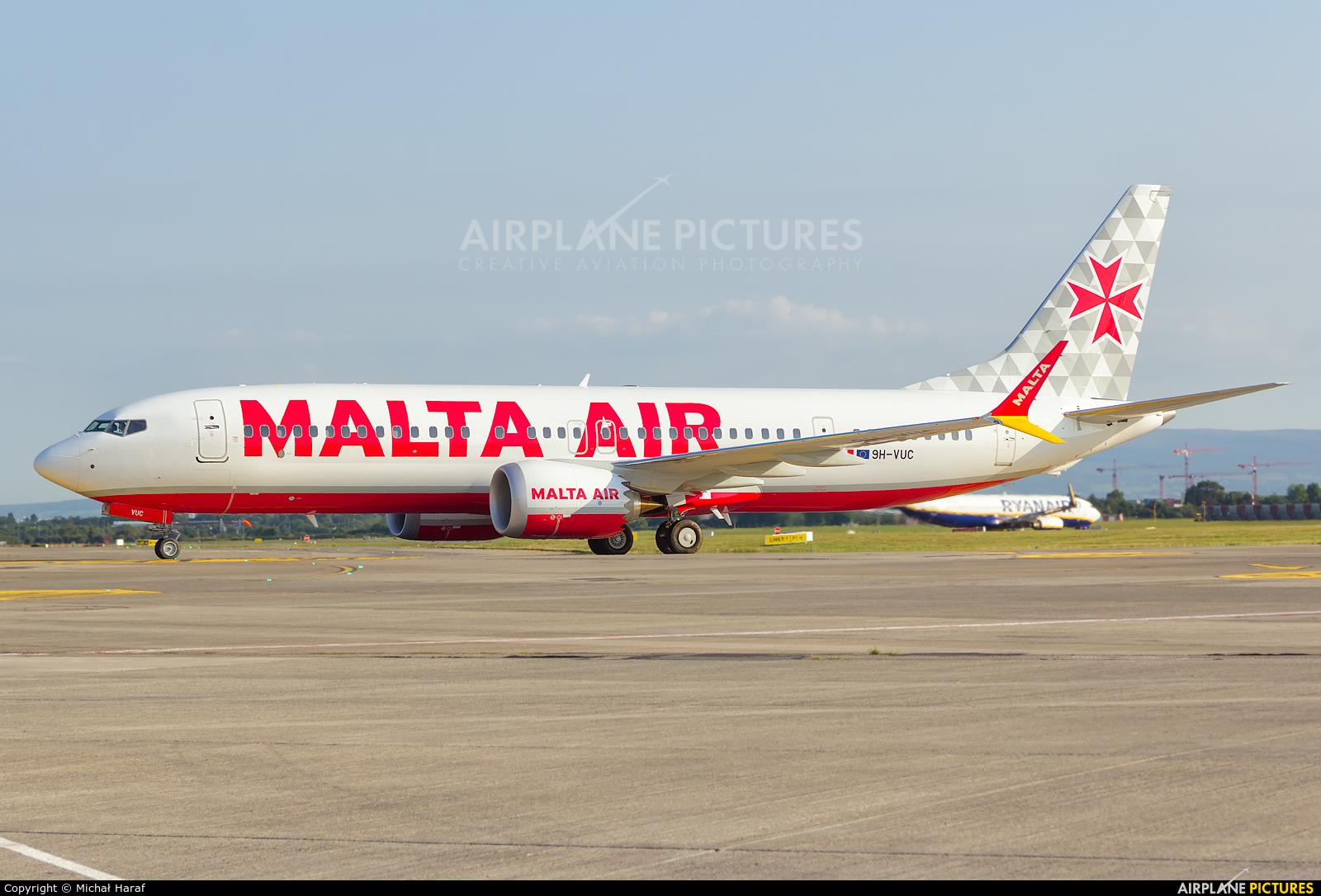Malta Air 9H-VUC aircraft at Dublin