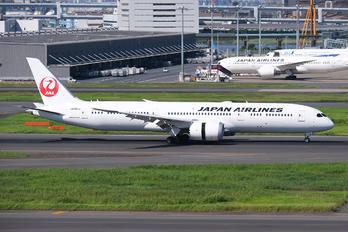 JA881J - JAL - Japan Airlines Boeing 787-9 Dreamliner