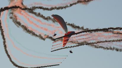 - - Fly2Live Parachute Parachutist