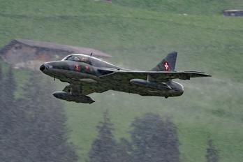 HB-RVR - Amici dell'Hunter Hawker Hunter T.68