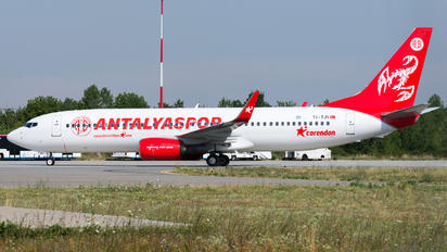 TC-TJY - Corendon Airlines Boeing 737-8AS