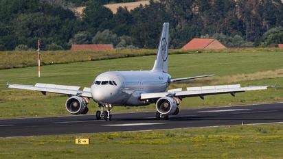 D-ASSB - Sundair Airbus A319