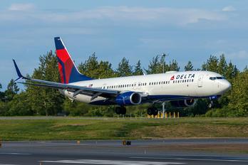N918DU - Delta Air Lines Boeing 737-900ER