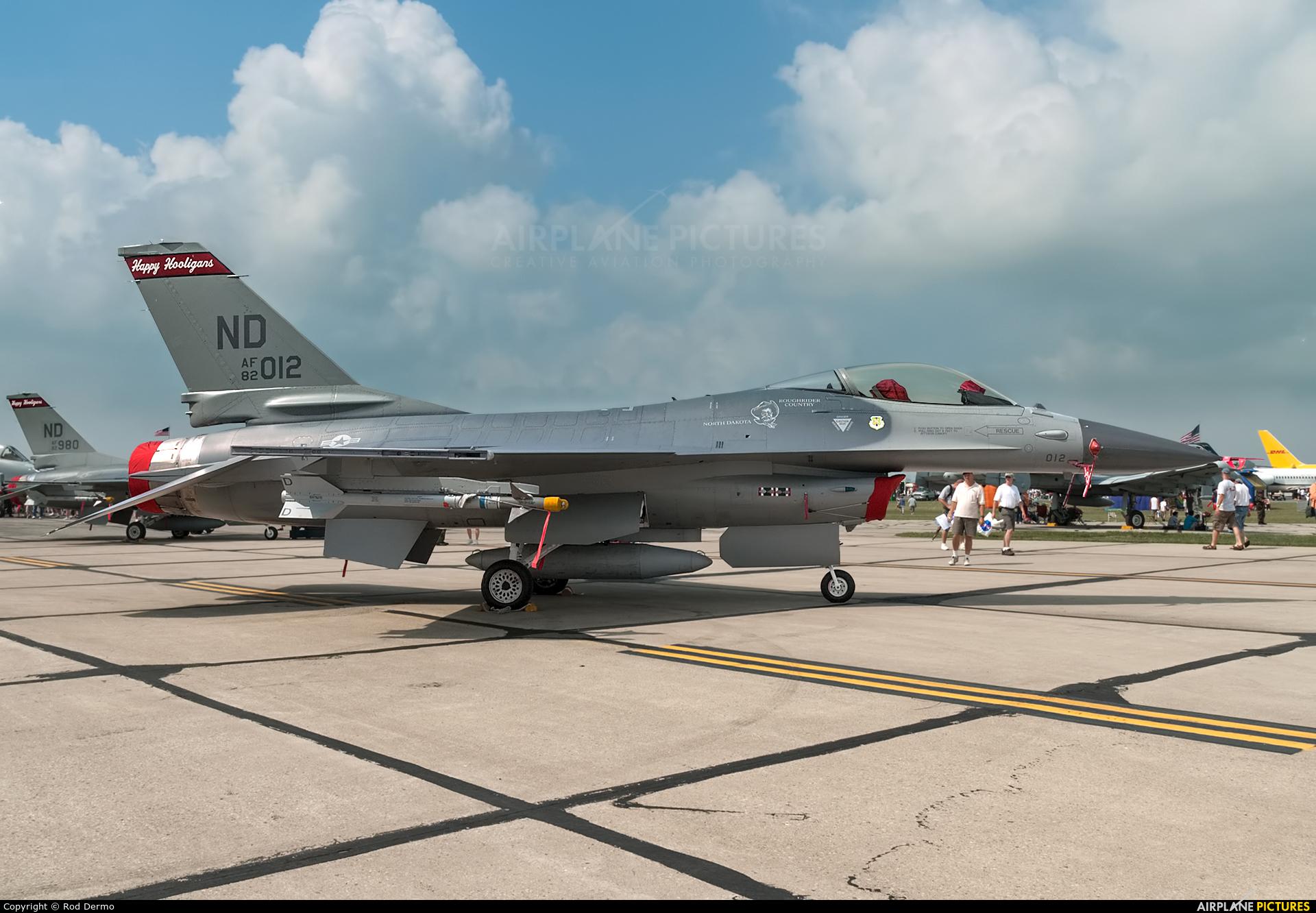 USA - Air Force 82-1012 aircraft at Dayton - James M. Cox Dayton Intl