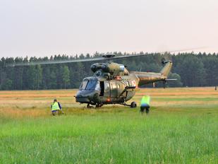 0904 - Poland - Air Force PZL W-3 Sokół