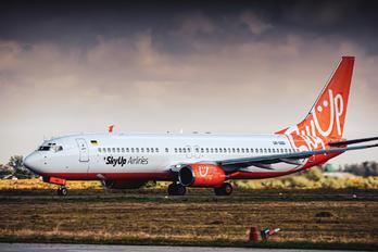 UR-SQG - SkyUp Airlines Boeing 737-800