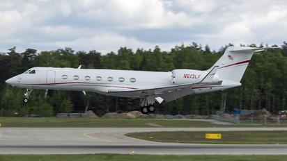 N613LF - Private Gulfstream Aerospace G-V, G-V-SP, G500, G550