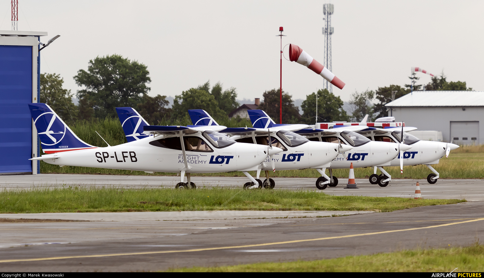 LOT Flight Academy SP-LFB aircraft at Piotrków Trybunalski