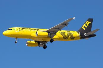 PR-AAF - ITA Transportes Aéreos Airbus A320