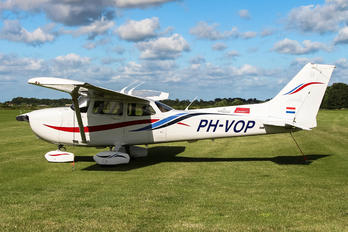 PH-VOP - Untitled Cessna 172 Skyhawk (all models except RG)