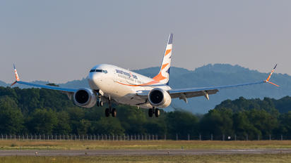 OK-SWD - SmartWings Boeing 737-8 MAX