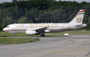 F-WWIA - Etihad Airways Airbus A320